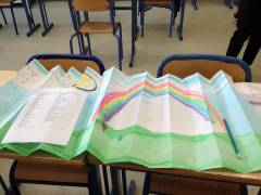 6---Eventails--pliage-du-fond-couleurs